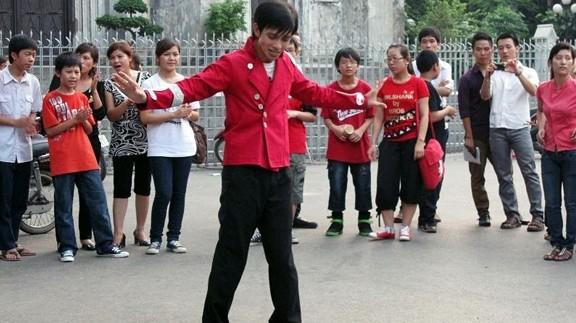 Nhảy tưởng nhớ ông hoàng nhạc Pop tại Hà Nội ảnh 1