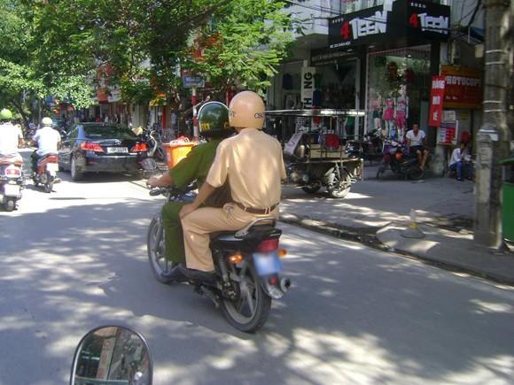 Nếu bạn là… Cảnh sát giao thông? ảnh 8
