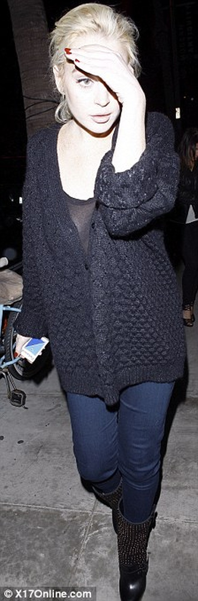 Lindsay Lohan được thả ngay vì... nhà tù quá tải ảnh 1