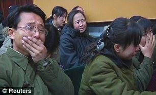 Hình ảnh người dân Triều Tiên tiếc thương chủ tịch Kim Jong Il ảnh 5