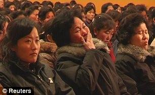 Hình ảnh người dân Triều Tiên tiếc thương chủ tịch Kim Jong Il ảnh 6
