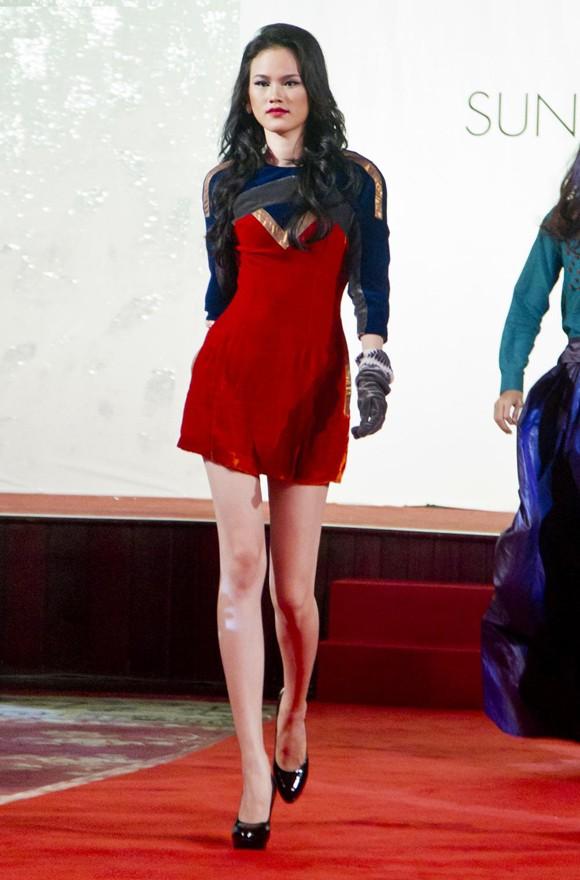 Tuyết Lan trở lại ấn tượng trong Next Top Model 2011 ảnh 4