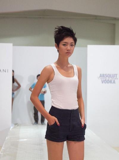 """Top 4 Model """"lột xác"""" tại Singapore ảnh 3"""