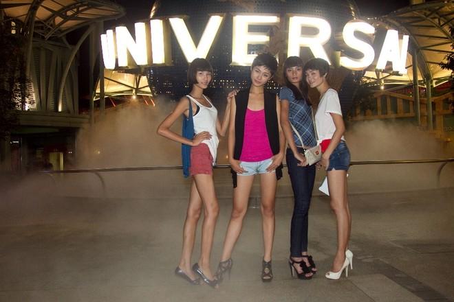 """Top 4 Model """"đại náo"""" phim trường lớn nhất châu Á ảnh 2"""