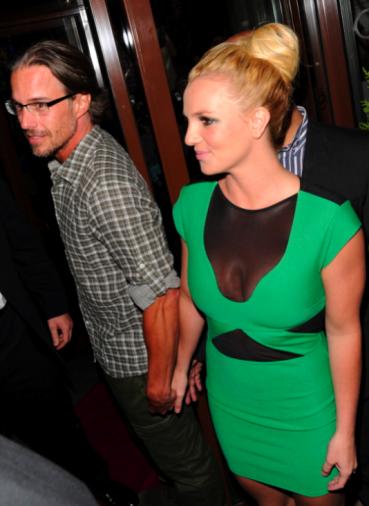 Britney Spears sắp kết hôn lần 3 ảnh 1