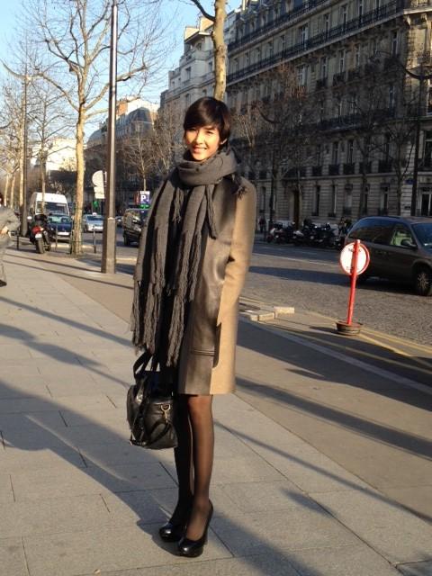 Hoàng Thùy khoe dáng tại kinh đô thời trang Paris ảnh 1