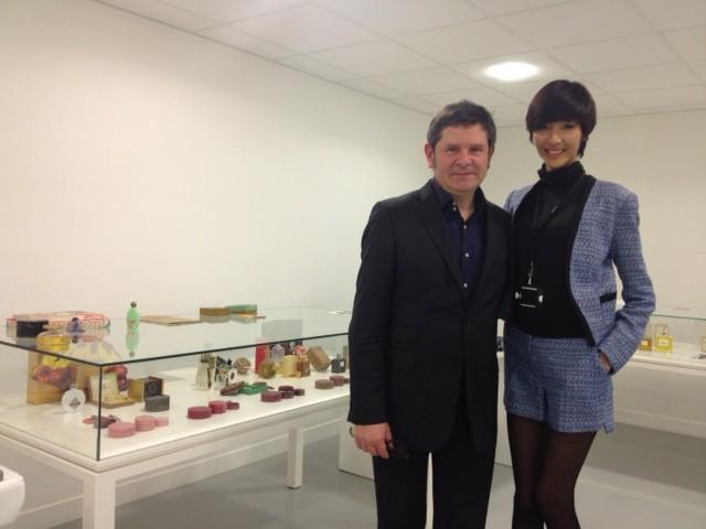 Hoàng Thùy khoe dáng tại kinh đô thời trang Paris ảnh 4
