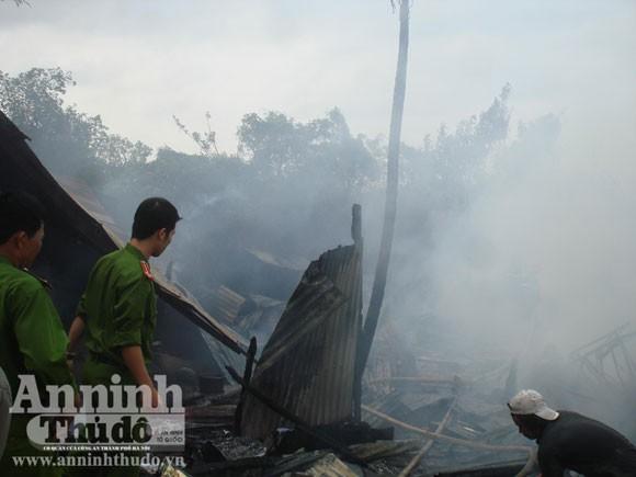 Cháy xưởng sản xuất nệm gây thiệt hại hơn tỷ đồng ảnh 3