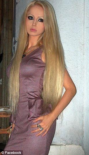 Xôn xao về thiếu nữ giống hệt búp bê Barbie ảnh 4