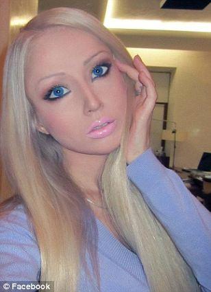Xôn xao về thiếu nữ giống hệt búp bê Barbie ảnh 8