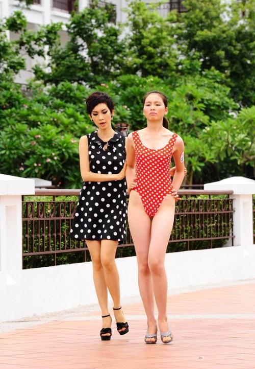 """""""Chân dài"""" thôn quê """"phục thù"""" tại Next Top Model 2012 ảnh 1"""
