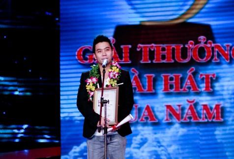Văn Mai Hương mở màn Bài hát Việt 2012 ảnh 2