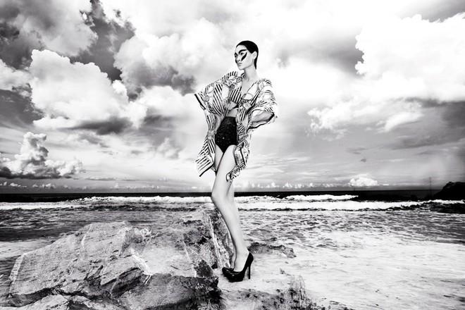 """""""Chân dài"""" Thùy Trang lọt vào ngôi nhà chung Asia's Next Top Model ảnh 8"""