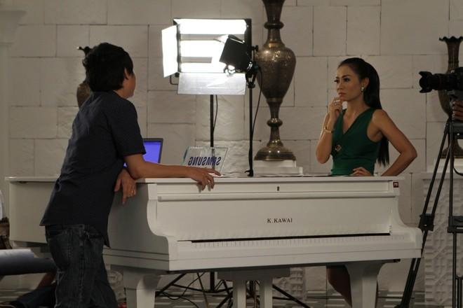 """Thu Minh """"chơi sang"""" thuê lâu đài, tập huấn cho thí sinh ảnh 4"""