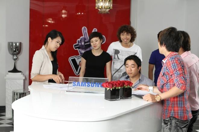 """Thu Minh """"chơi sang"""" thuê lâu đài, tập huấn cho thí sinh ảnh 5"""