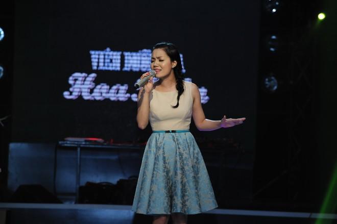 """""""Người em yêu mãi"""" giành giải Bài hát Việt tháng 8 ảnh 8"""