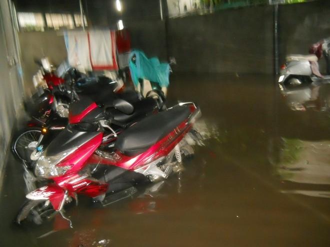 Mưa lớn, nhiều bản làng bị nhấn chìm, 8 người thương vong ảnh 3