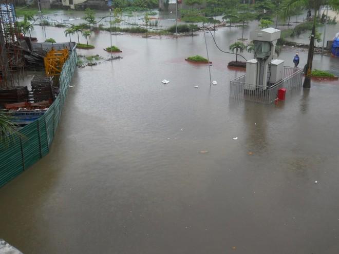 Mưa lớn, nhiều bản làng bị nhấn chìm, 8 người thương vong ảnh 8