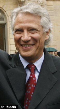 Cựu thủ tướng Pháp Dominique de Villepin bị bắt vì tội tham nhũng ảnh 1