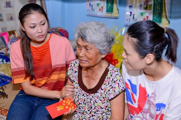 Quán quân Mai Giang giản dị trong buổi từ thiện ảnh 5