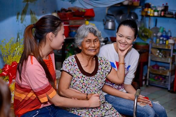 Quán quân Mai Giang giản dị trong buổi từ thiện ảnh 6