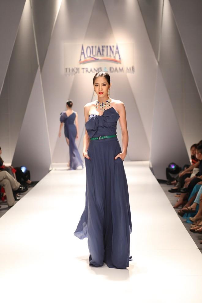 Hồng Quế, Andrea Aybar nổi bật giữa dàn người mẫu ảnh 9