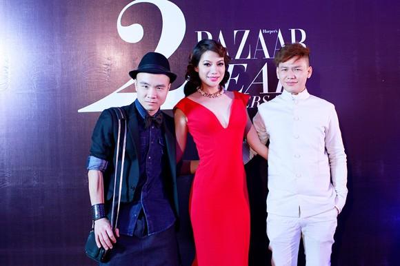 Trương Ngọc Ánh diện váy đỏ quyến rũ, dự tiệc cùng nhà thiết kế trẻ ảnh 3