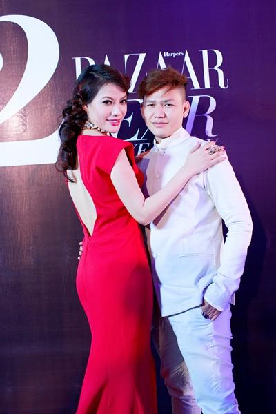 Trương Ngọc Ánh diện váy đỏ quyến rũ, dự tiệc cùng nhà thiết kế trẻ ảnh 1