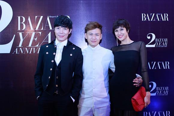 Trương Ngọc Ánh diện váy đỏ quyến rũ, dự tiệc cùng nhà thiết kế trẻ ảnh 7