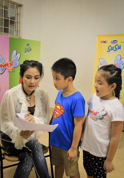 Diva Thanh Lam trực tiếp dạy thí sinh nhí ảnh 2