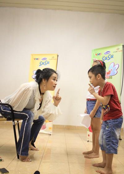 Diva Thanh Lam trực tiếp dạy thí sinh nhí ảnh 4