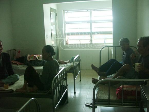 Tự tử, cụ ông nhảy từ tầng 4 bệnh viện ảnh 2