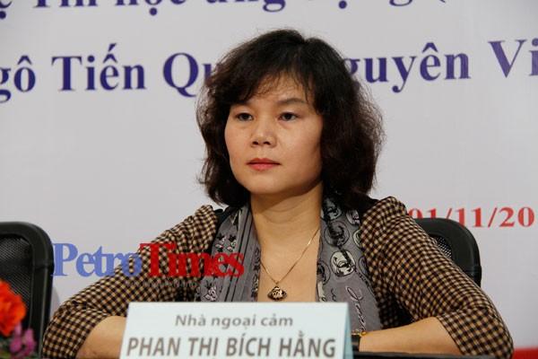 """Nhà ngoại cảm Phan Thị Bích Hằng: Tôi rất phẫn nộ hành vi lừa đảo của """"cậu Thuỷ"""" ảnh 1"""