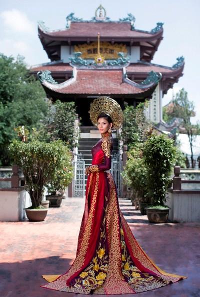 Hình ảnh Trương Thị May diện quốc phục tại Miss Universe 2013 ảnh 3
