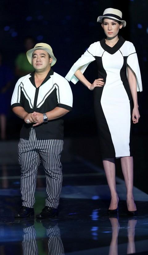 Độc đáo màn catwalk của Phạm Văn Mách, Hiếu Hiền ảnh 5