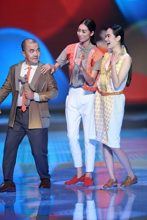 Độc đáo màn catwalk của Phạm Văn Mách, Hiếu Hiền ảnh 10