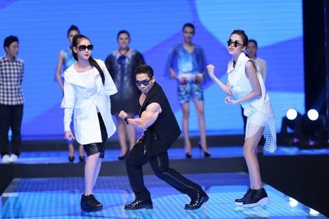 Độc đáo màn catwalk của Phạm Văn Mách, Hiếu Hiền ảnh 3