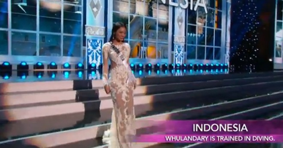 Trương Thị May tự tin diễn bikini tại bán kết Miss Universe 2013 ảnh 14