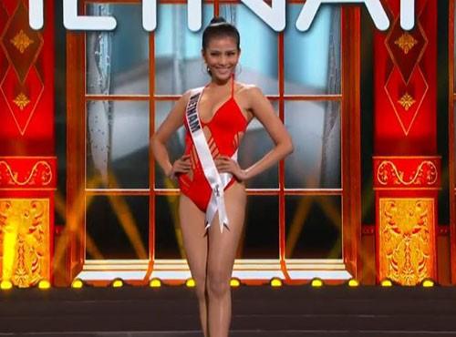 Trương Thị May tự tin diễn bikini tại bán kết Miss Universe 2013 ảnh 2