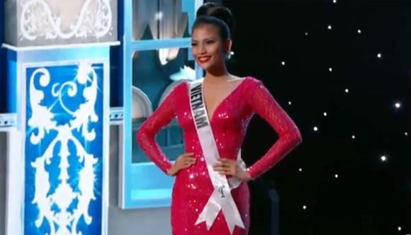 Trương Thị May tự tin diễn bikini tại bán kết Miss Universe 2013 ảnh 12