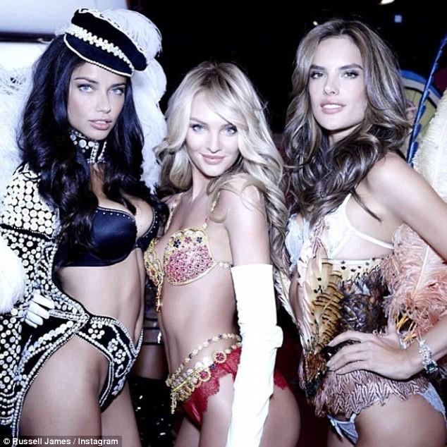Choáng ngợp đêm diễn nội y của Victoria's Secret ảnh 2