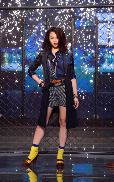 Diện thời trang Unisex, Hoàng Yến, Ngọc Quyên mang về cho thí sinh 400 triệu đồng ảnh 5