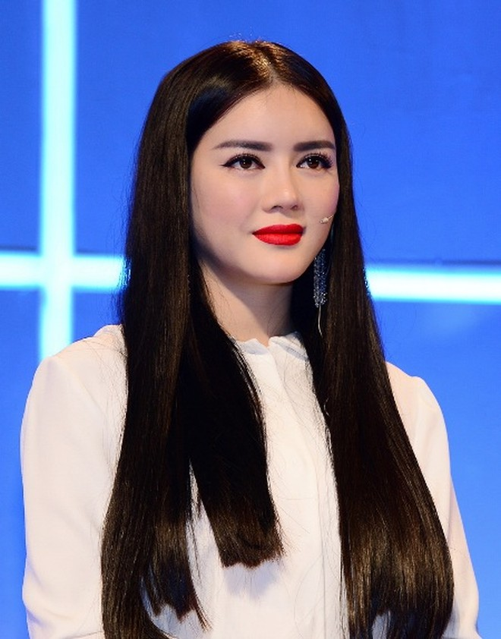 Diện thời trang Unisex, Hoàng Yến, Ngọc Quyên mang về cho thí sinh 400 triệu đồng ảnh 4