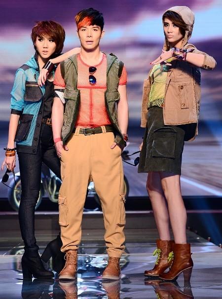 Diện thời trang Unisex, Hoàng Yến, Ngọc Quyên mang về cho thí sinh 400 triệu đồng ảnh 2