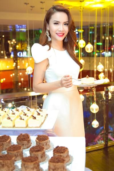 Yến Trang khoe vũ điệu bốc lửa trong Vũ điệu đam mê ảnh 2