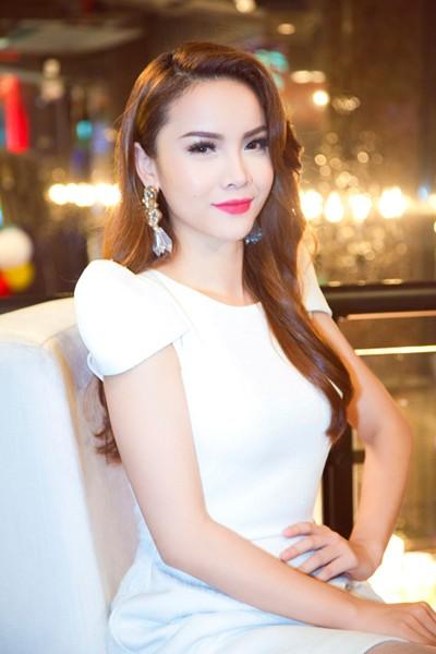 Yến Trang khoe vũ điệu bốc lửa trong Vũ điệu đam mê ảnh 3