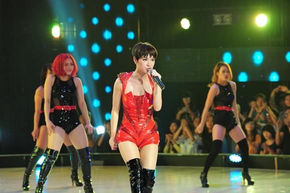 Yến Trang, Trà My Idol diện quần ngắn cũn, nhảy bốc lửa ảnh 8