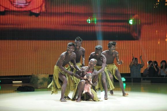 Yến Trang, Trà My Idol diện quần ngắn cũn, nhảy bốc lửa ảnh 5