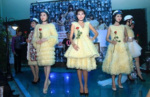 Trà My diện trang phục BCS, xác lập kỷ lục Guinness Việt Nam ảnh 3