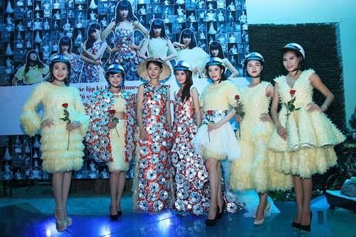 Trà My diện trang phục BCS, xác lập kỷ lục Guinness Việt Nam ảnh 4